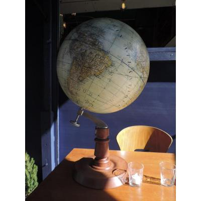 Grand  Globe Terrestre