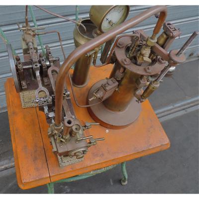 Machine à Vapeur , Art Déco
