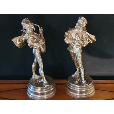 Paire de bronzes gentilshommes XIX par Lalouette.