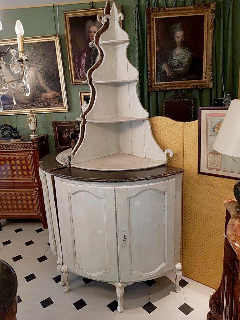 Grande Paire d'Encoignures Provençales d' Epoque Louis XV