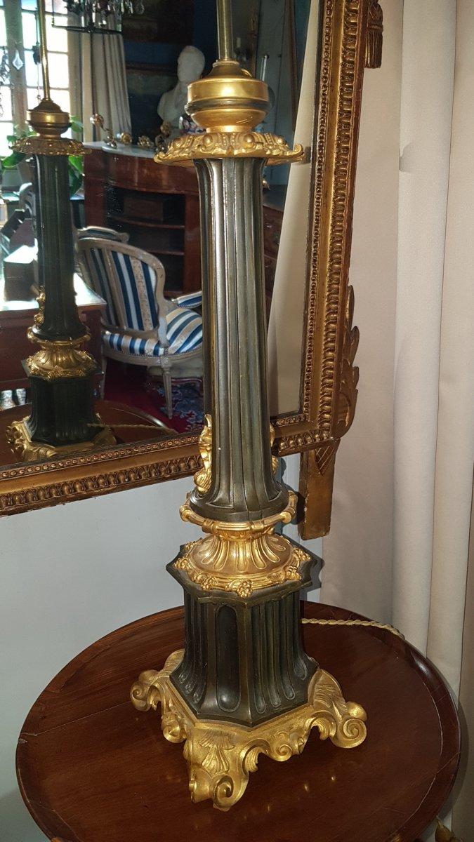 Grande Lampe En Bronze Patiné Et Doré d' époque Restauration (1830).