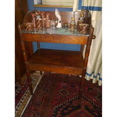 Table De Toilette En Acajou d'Epoque Restauration.