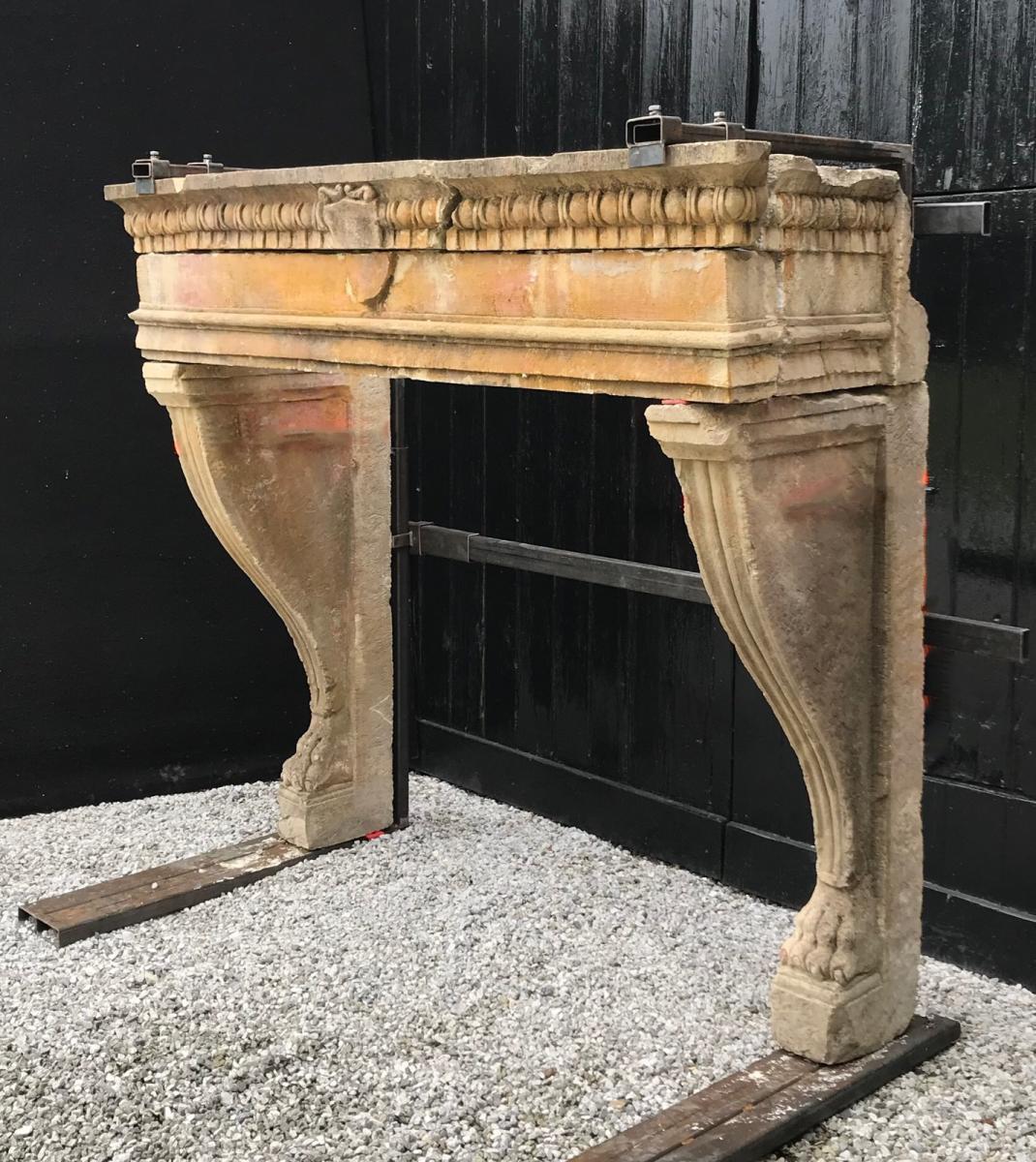 Cheminée En Pierre Limoneuse, Italie XVIIIème Siècle