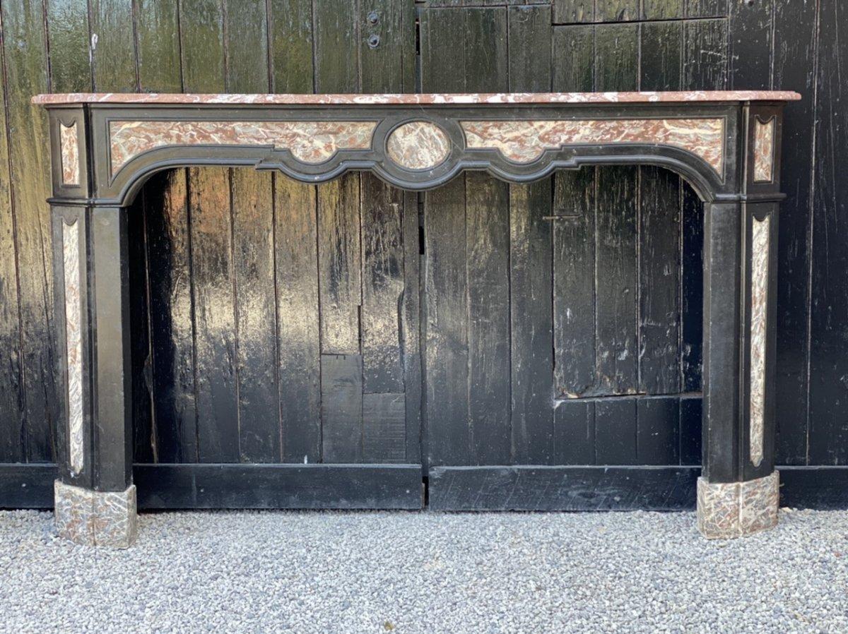 Cheminée En Marbre Noir De Belgique Et Gris Des Ardennes, XVIIIème Siècle