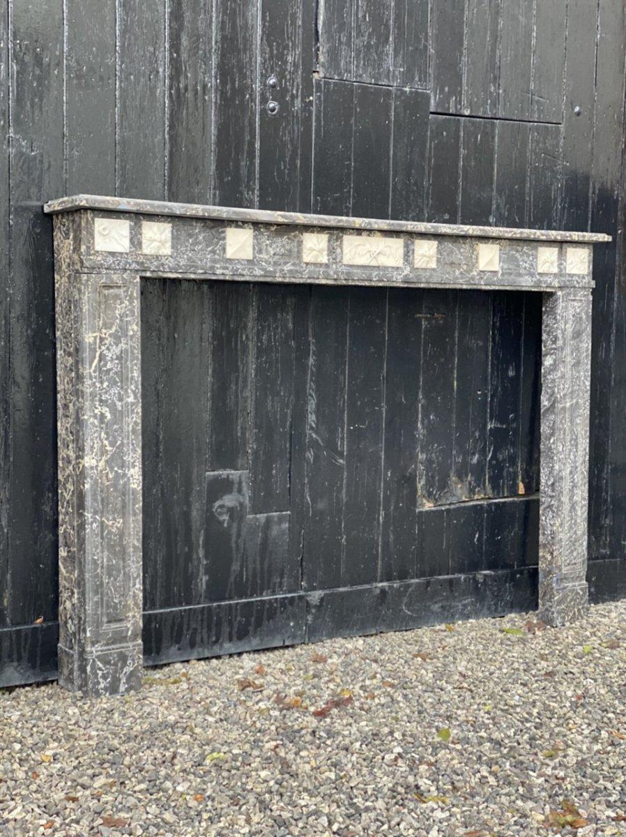 Cheminée De Style  Louis XVI En Marbre Gris Saint Anne Et Blanc De Carrare
