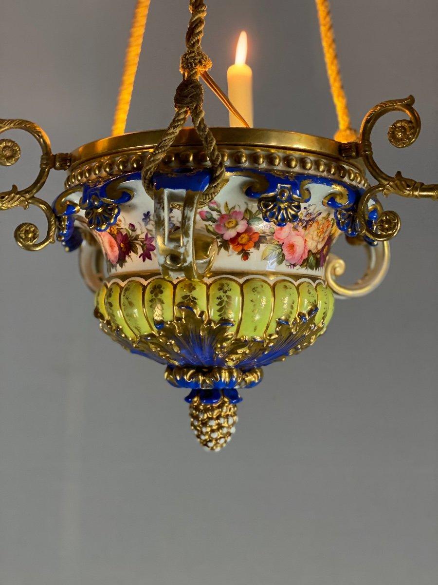Lustre En Porcelaine, Trois Bras De Lumière En Bronze Et Cuivre Doré, XIXéme Siècle -photo-1