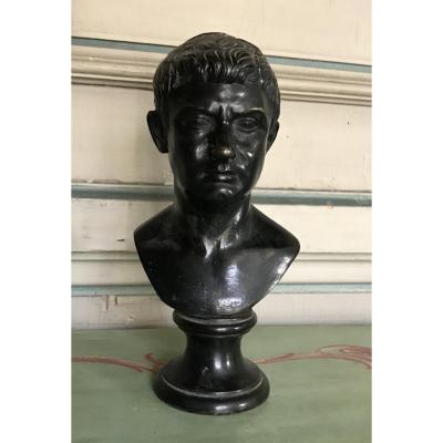 Buste Masculin En Bronze Dans Le Goût De L'antique