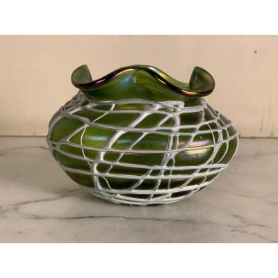 Coupe Ou Vase En Verre Coloré, Loetz Ou Palm Koenig