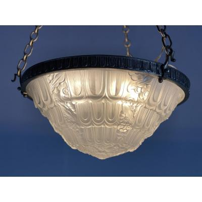 Art Deco Chandelier In Molded Glass And Silver Bronze