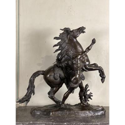 Bronze D'après L'un Des Chevaux En Marbre  De Guillaume Coustou