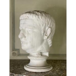 Buste En Plâtre D'un Empereur Romain