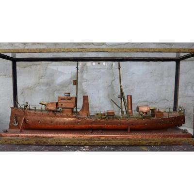 Maquette De Croiseur En Metal , Années 1930