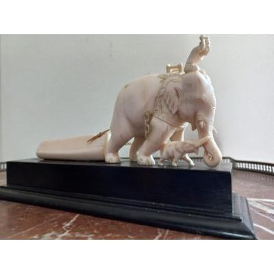 Eléphant En Ivoire  Et Son Cornac  - Vietnam - XIXème Vers 1850