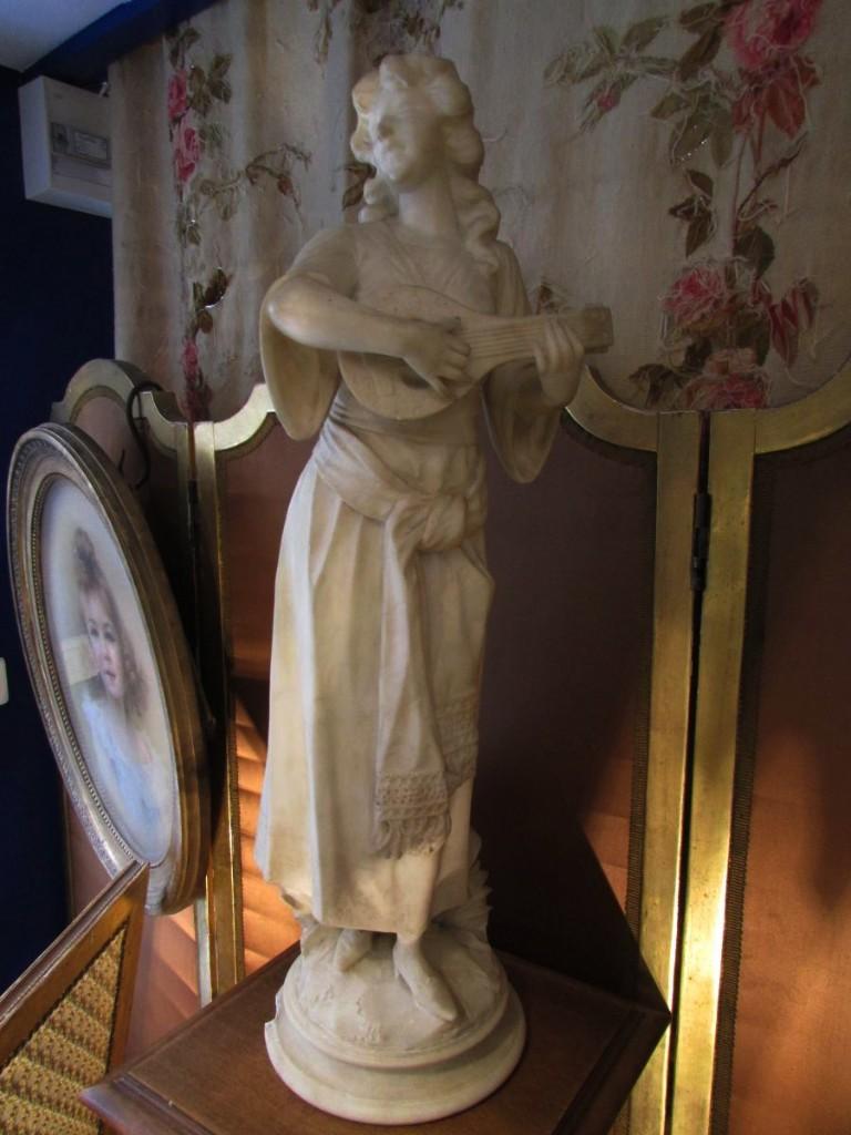 Ancienne Statue Sculpture En Marbre Ou Albatre XIXe Musicienne Romantique
