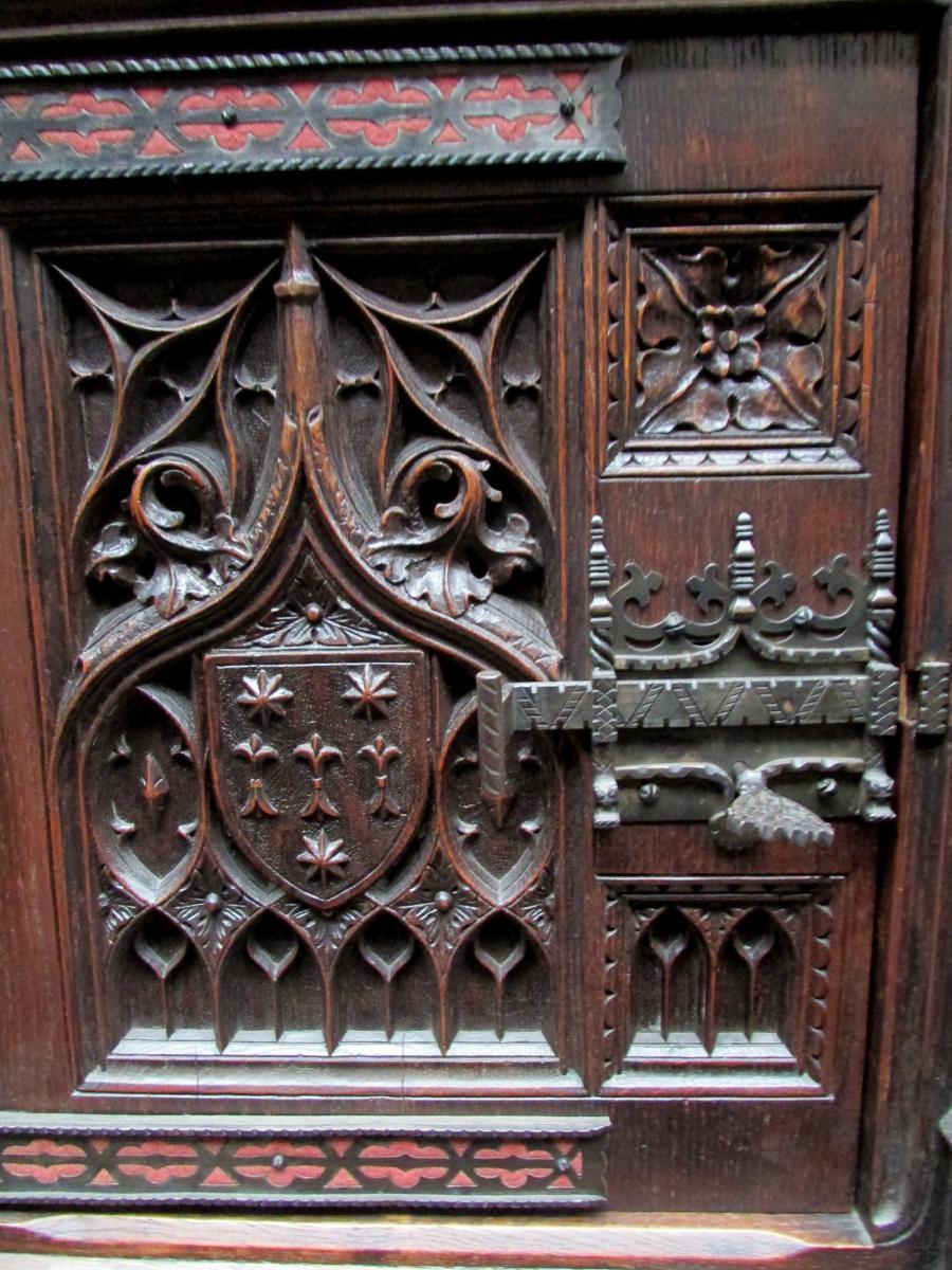 Bel Ancien Meuble Gothique Sculpté Epoque XIX Eme Chene Violet Le Duc Buffet-photo-2