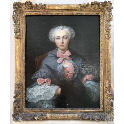 Portrait D'une Jeune Femme Aux Noeuds Roses, Huile Sur Toile 18ème Siècle