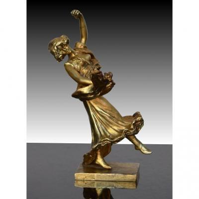 Petit Bronze Doré. Danseuse. Art Nouveau