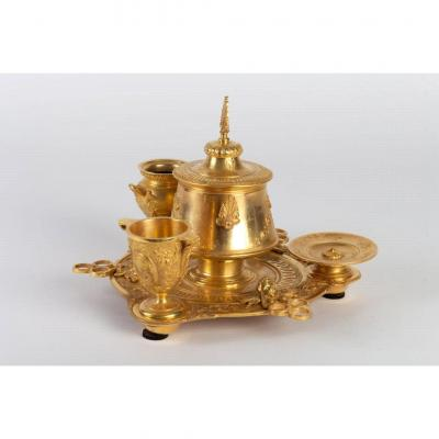 Neo-etruscan Or Neo-greek Style Smoking Kit In Gilt Chiseled Bronze