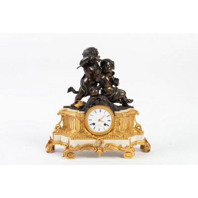 Pendule à Poser Par Cresson, Ft De Bronzes. Paris, 1850