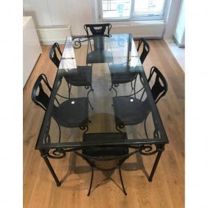 Salle à Manger. Une Table 6 Chaises - XXIéme