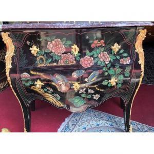 Commode Sauteuse En Laque De Coromandel De Style Louis XV