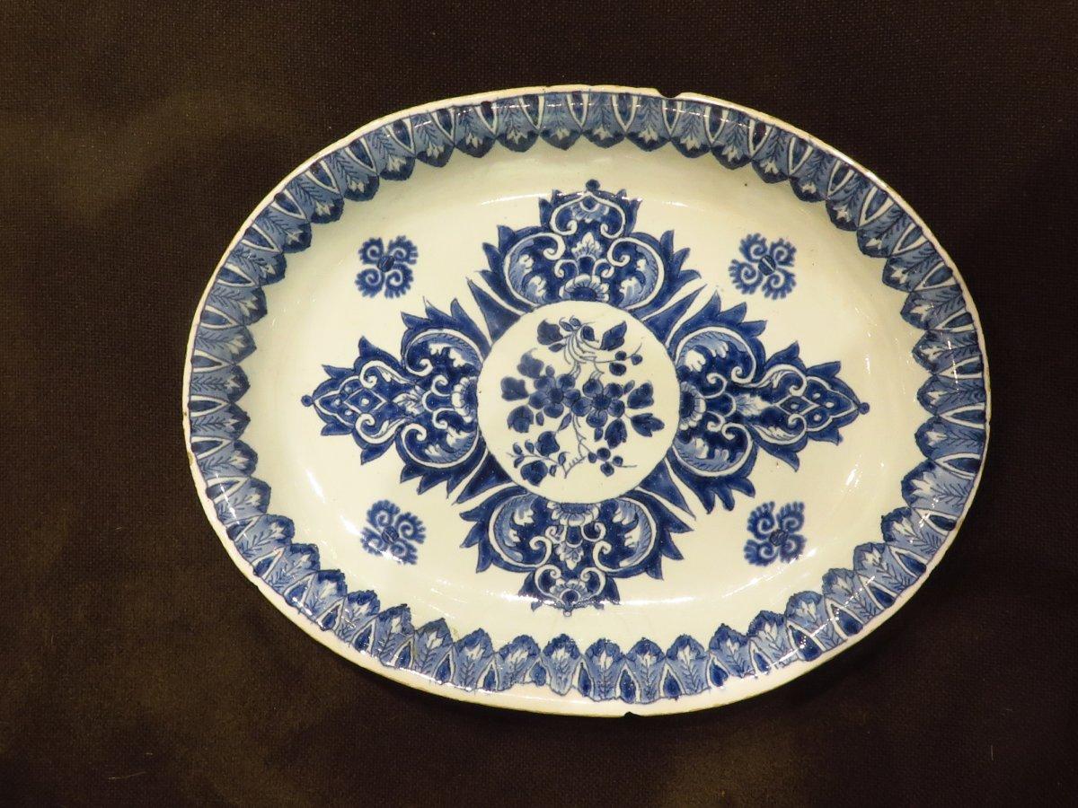 Delft. Radiant Blue Camaieu Decor Dish. 18th Century.