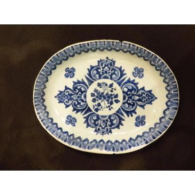 Delft. Radiant Blue Camaieu Decor Dish. 18th Century.