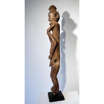 Statue Chamba Nigeria Chaman Médecine Guérisseur