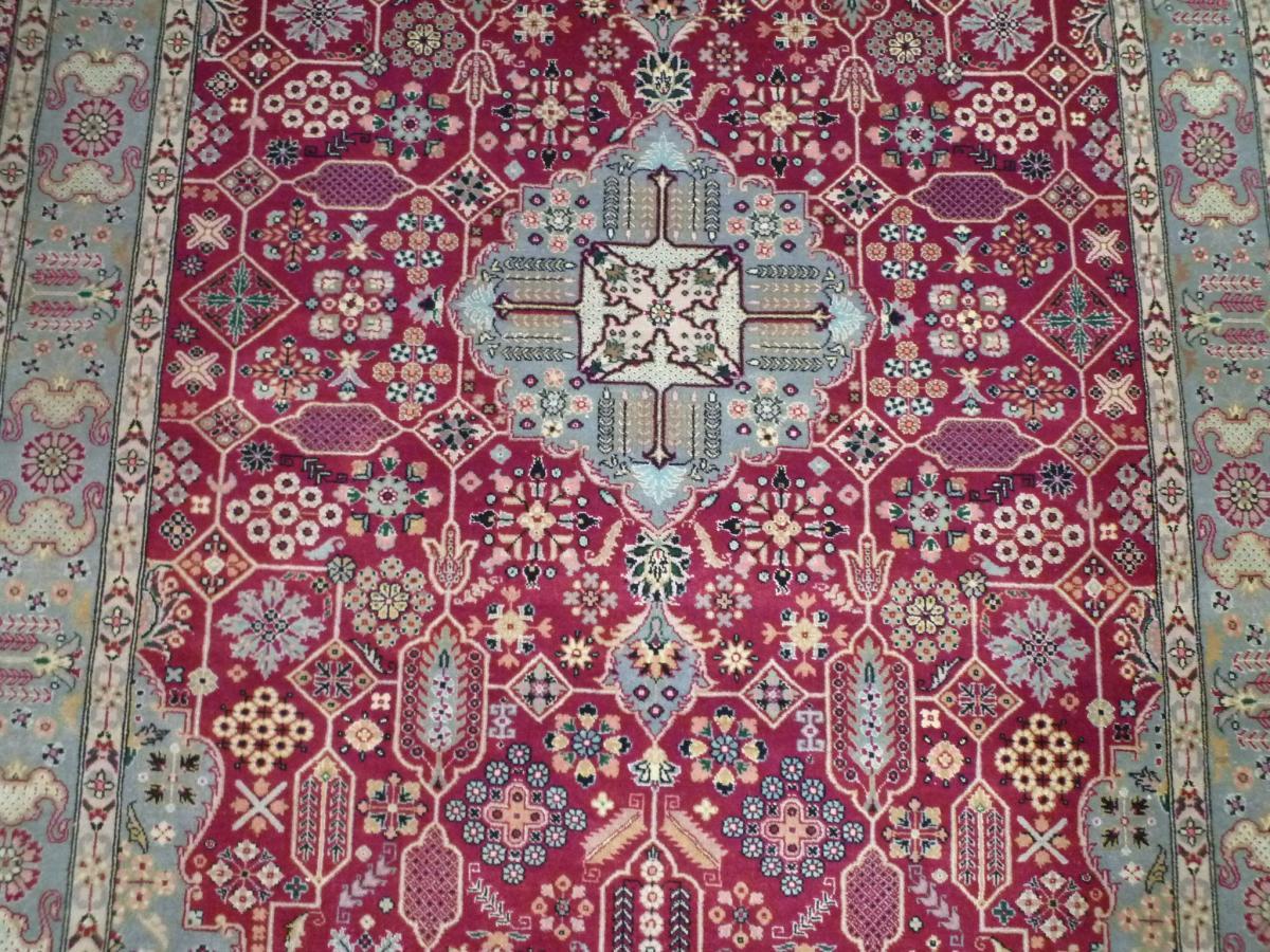 Tapis TABRIZ IRAN Laine et Soie 220 X 142