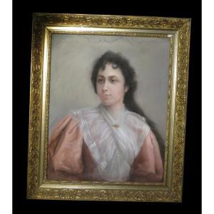 [portrait] Grand Pastel XIXème Figurant Une Jeune Fille De Qualité.
