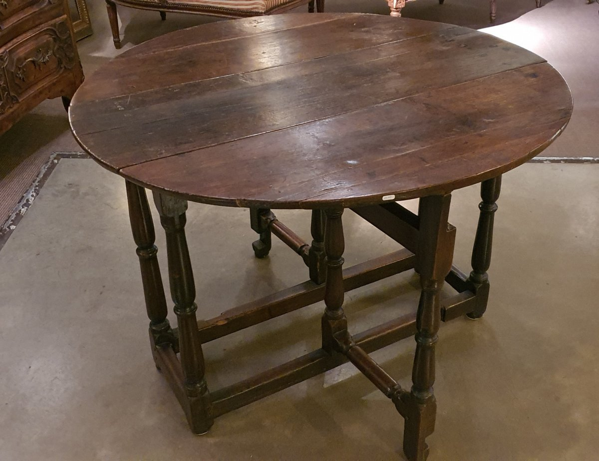 Lxiii Gate-leg Table