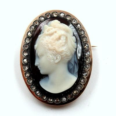 Cameo Brooch On Onyx