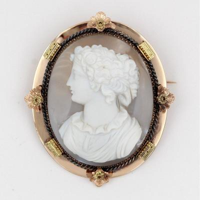 Corneille Van Someren - Cameo Brooch On Agate