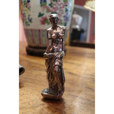 Cachet En Bronze Argenté Représentant La Venus De Milo