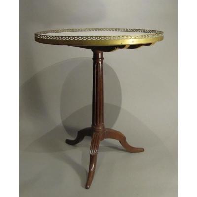 Tripod Pedestal Table Louis XVI