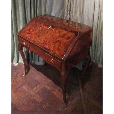 Louis XV Slope Desk Stamped Am Criard