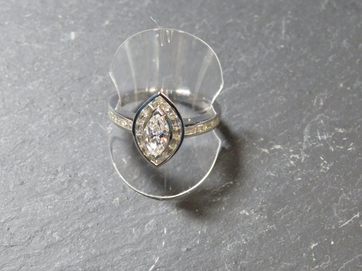 Shuttle Diamond Ring