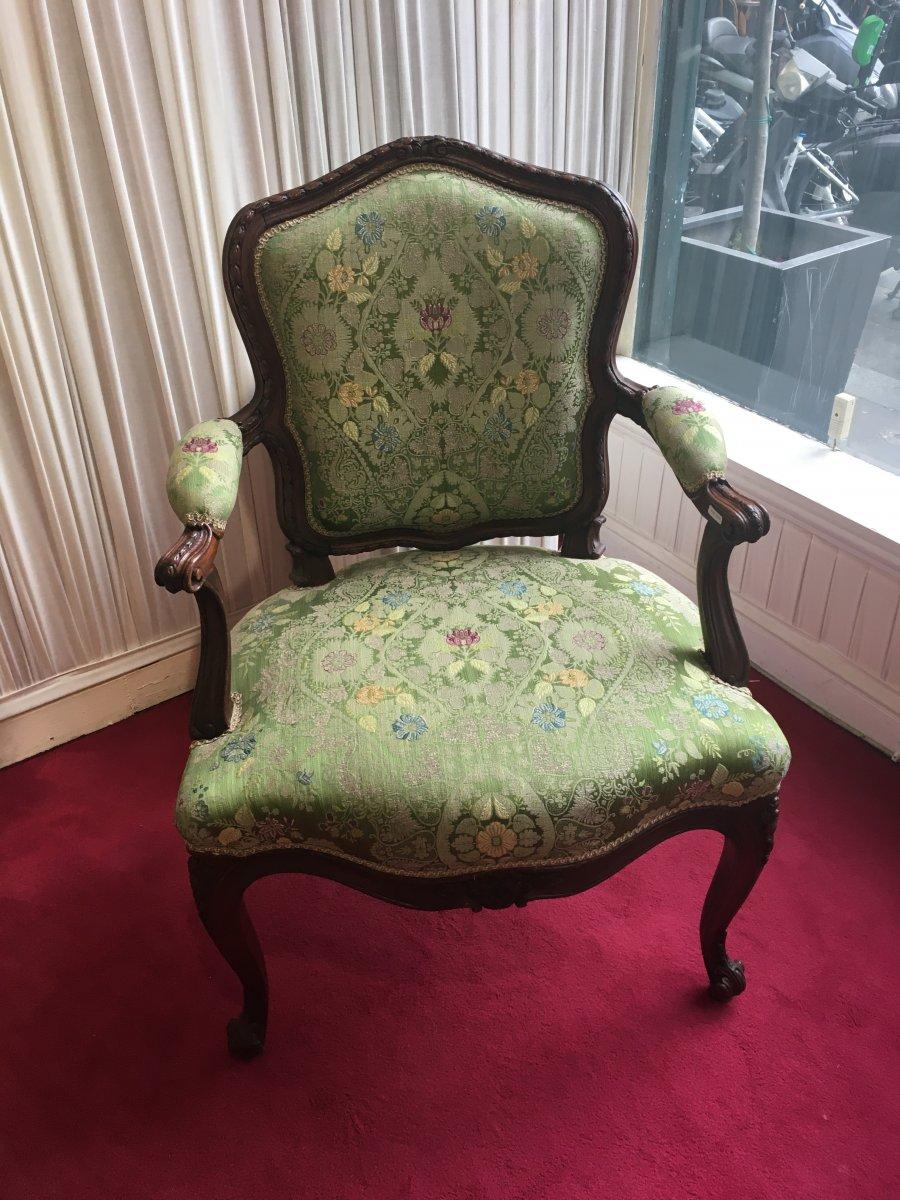 Paire De Fauteuils à la Reine Verts Louis XV