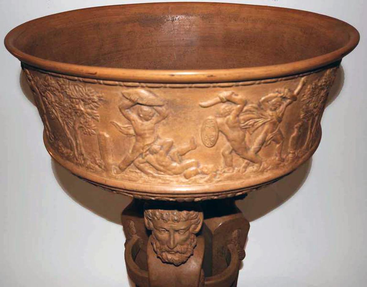 Vasque Sur Pied En Terre Cuite D Cor L 39 Antique