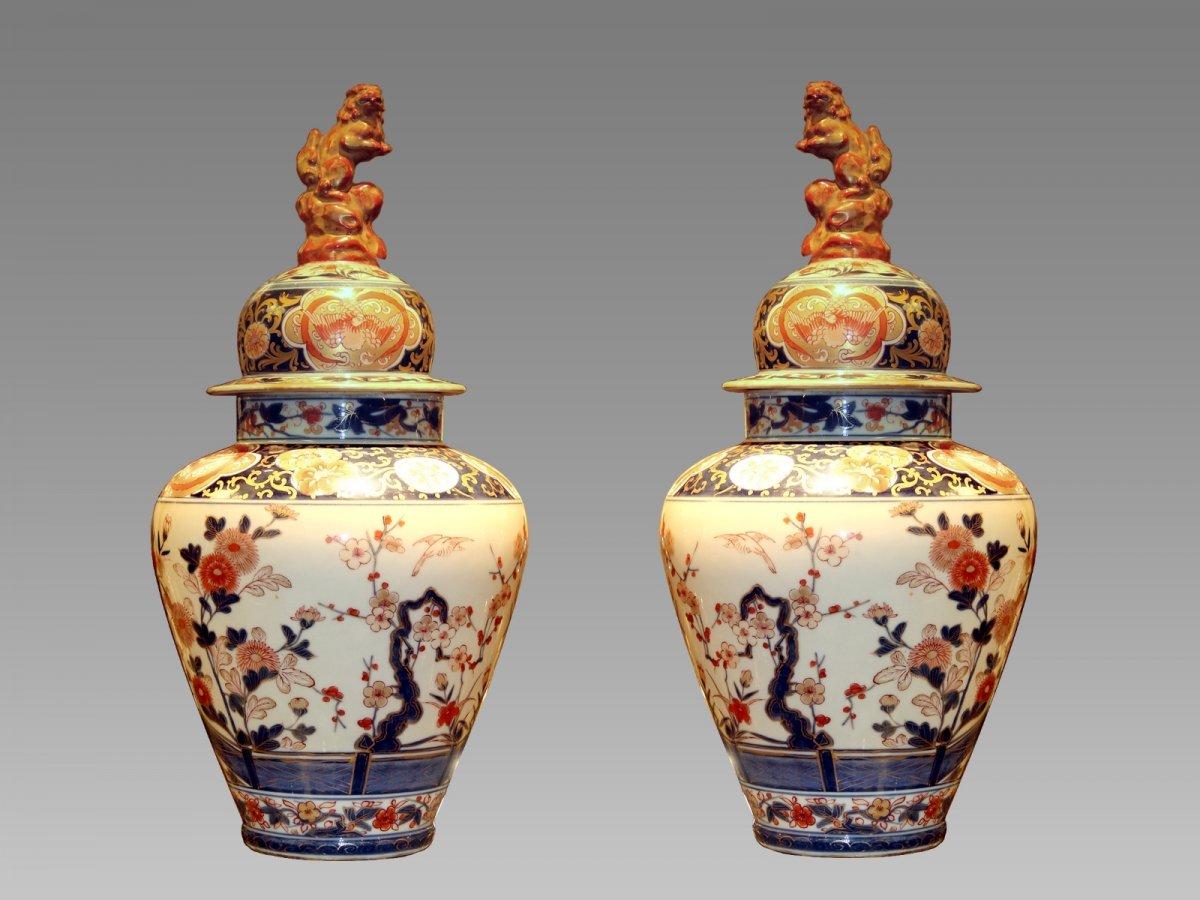Paire De Vases Couverts En Porcelaine De Samson