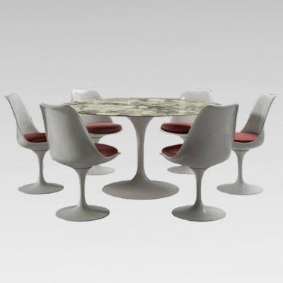 Round Table And Six Tulip Chairs, Eero Saarinen For Knoll International Around 1960