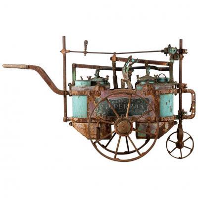 Ancienne Machine à Sulfater Mobile, Pour Traiter La Vigne, Ets Perras, France, 1920-1930