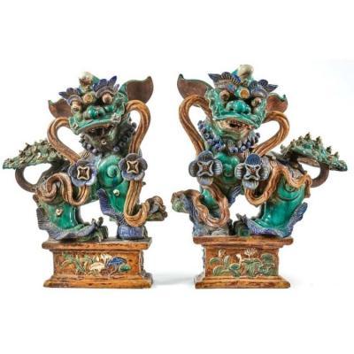 Paire De Chiens De Fô,en Grès Porcelaineux De Shiwan ,chine