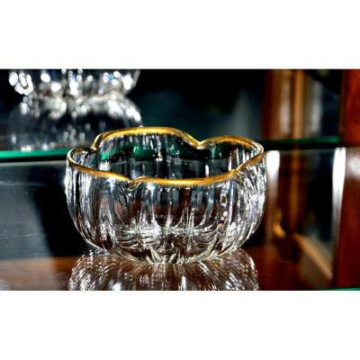 Daum, Nancy. Naturalistic Inspired Cup With Quadrilobé Collar, Ribbed Glass Enhanced With Gold.