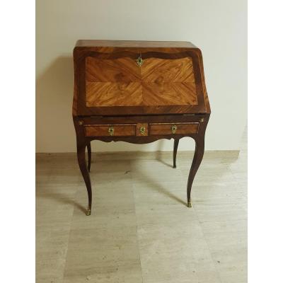 Slope Desk Louis XV Period, Around 1760, In Rosewood Veneer.
