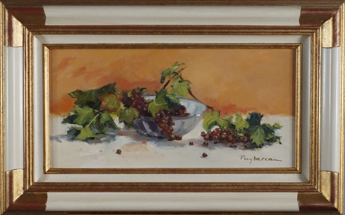 Ecole Française et Rouennaise  du XXème « Nature morte aux raisins» par Annie PUYBAREAU.