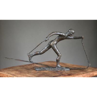 Sculpture Représentant Un Skieur De Fond, Signé, Daté