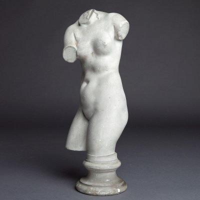 Plaster Of Aphrodite By Le Statuaire Lorenzi, Paris, End  19 Th Century, Beautiful Patina And Well Proportioned