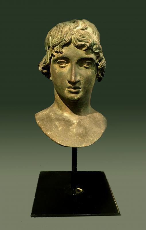 Buste en bronze italien de Mellephebe d'après l'antique, Réalisé Au XIXème Siècle.-photo-2