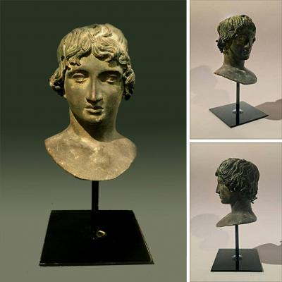 Italian Bronze Bust Of Mellephebe According To Ancient, Made In The XIXth Century.